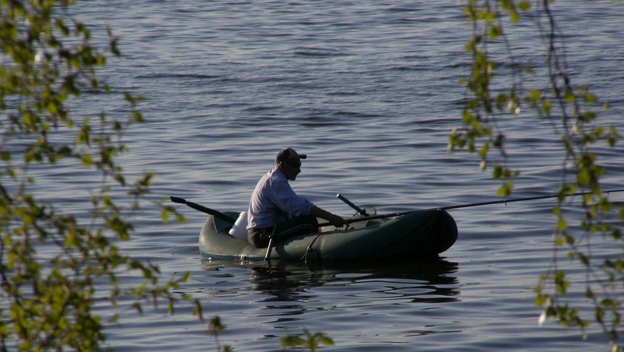boat-54699_1280