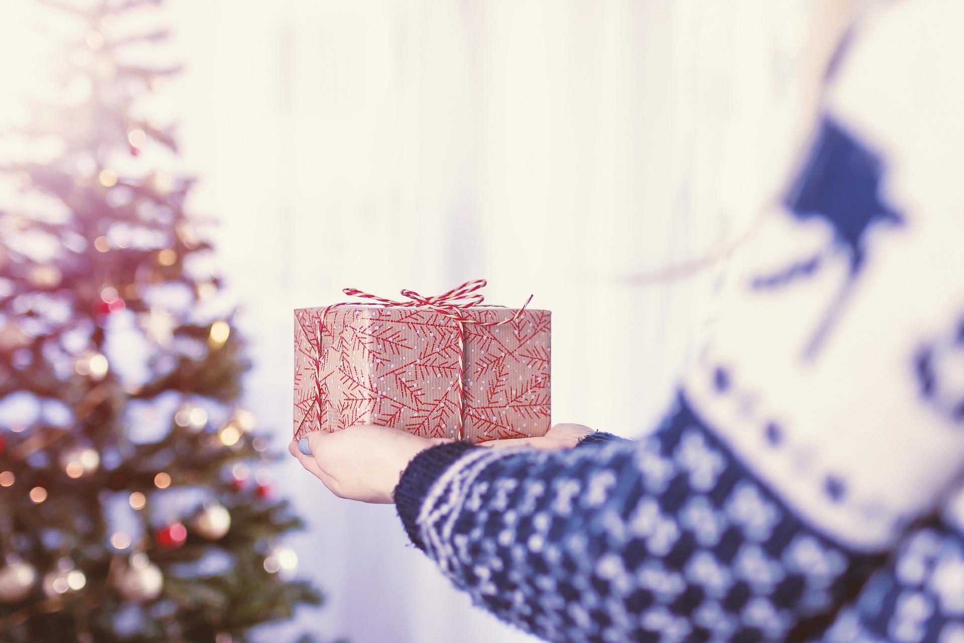 christmas-2980687_1920
