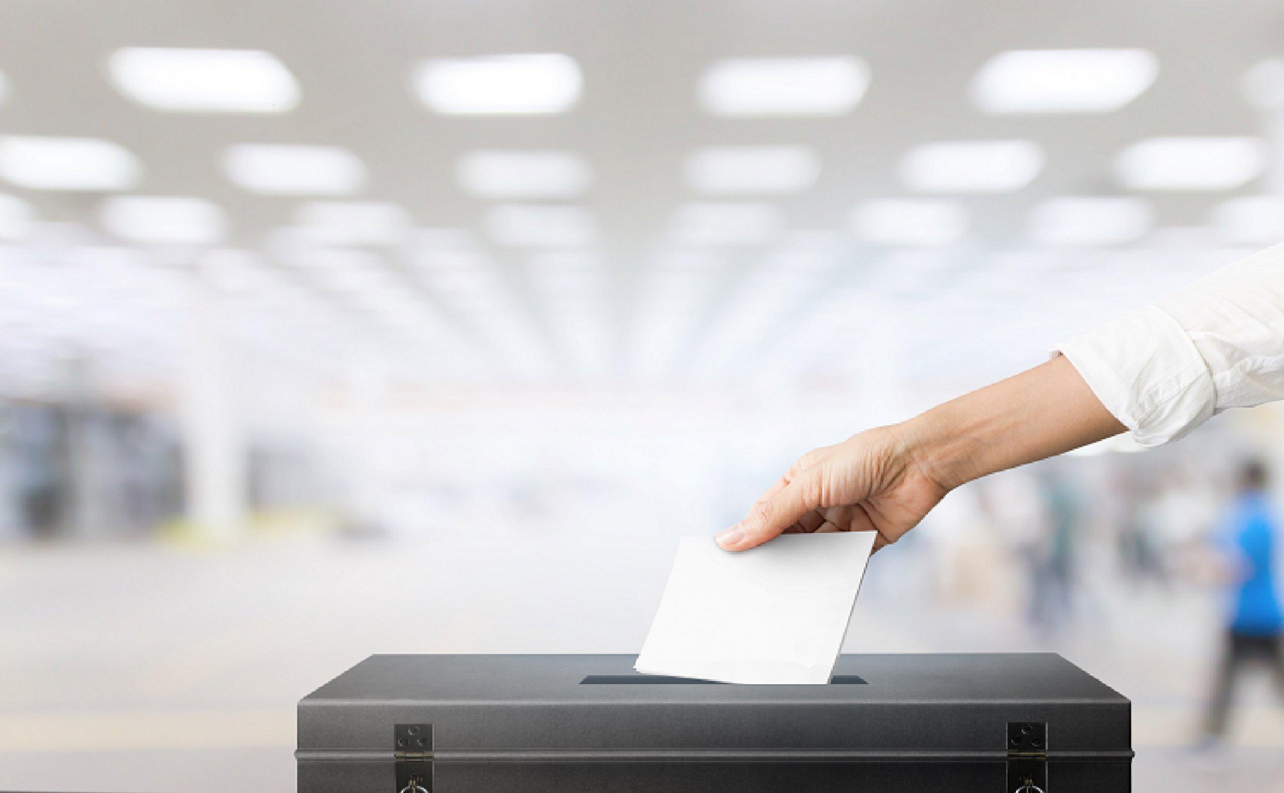 izbori glasanje 33